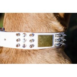 Weißes Lederhalsband mit Messing und Nickel Schmuck für Schäferhunde