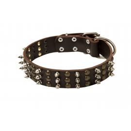 Exklusives Lederhalsband für Schäferhunde mit schönen Spikes