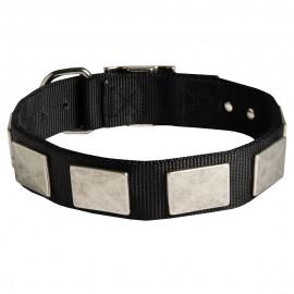 Exklusives Nylon Halsband mit rechteckigen Platten für Schäferhunde