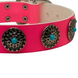 Pinkes Lederhalsband mit Schmuck für Schäferhund