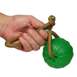 Leichter starker Hundeball mit Seil für Fernwürfe